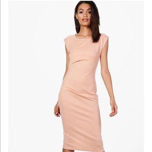 Boohoo Ruched Midi Dress / nude